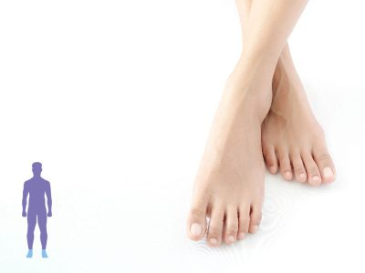 imagen de unos pies cruzados